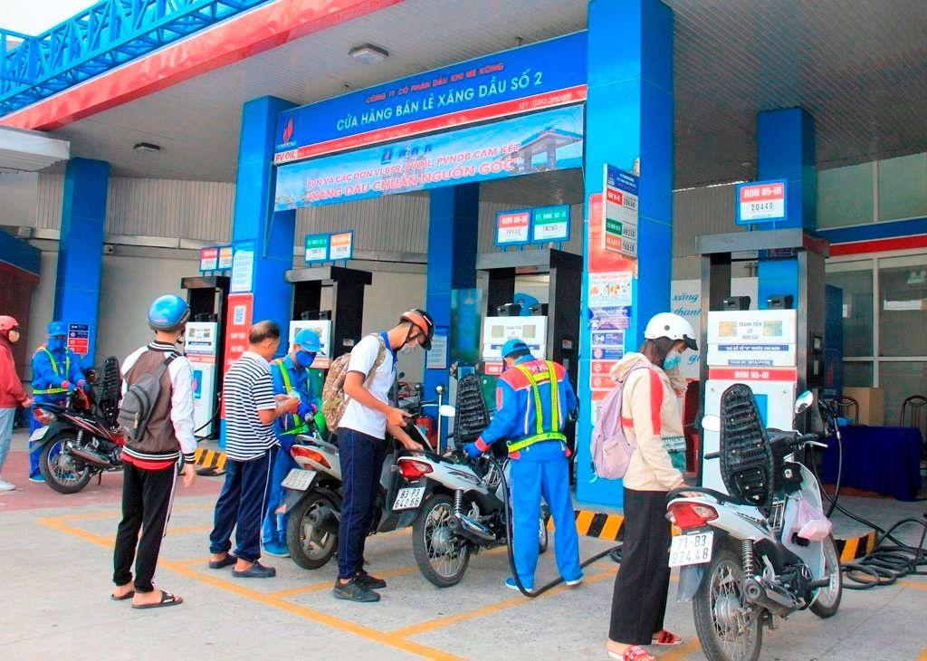Giá xăng dầu lại đồng loạt tăng, chưa thấy điểm dừng