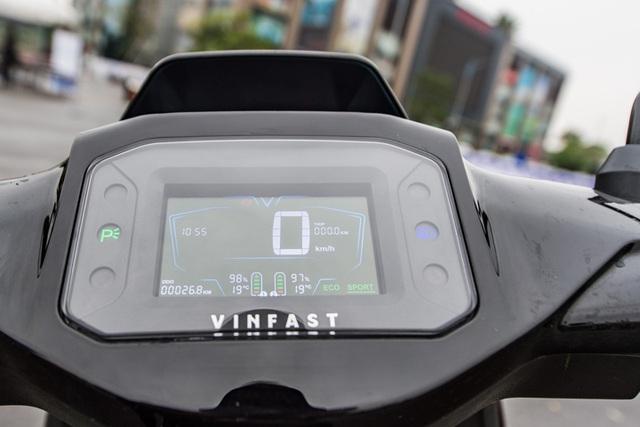 Xe máy điện VinFast Vento tiếp tục lộ diện, thiết kế động cơ gây tò mò - 2