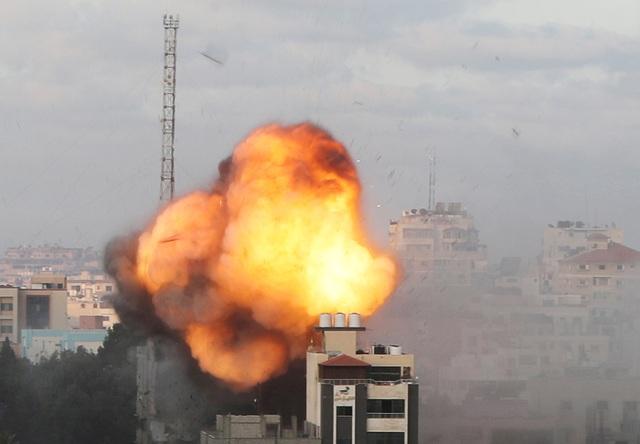 Mỹ gây tranh cãi khi bán lô vũ khí khủng cho Israel  - 1
