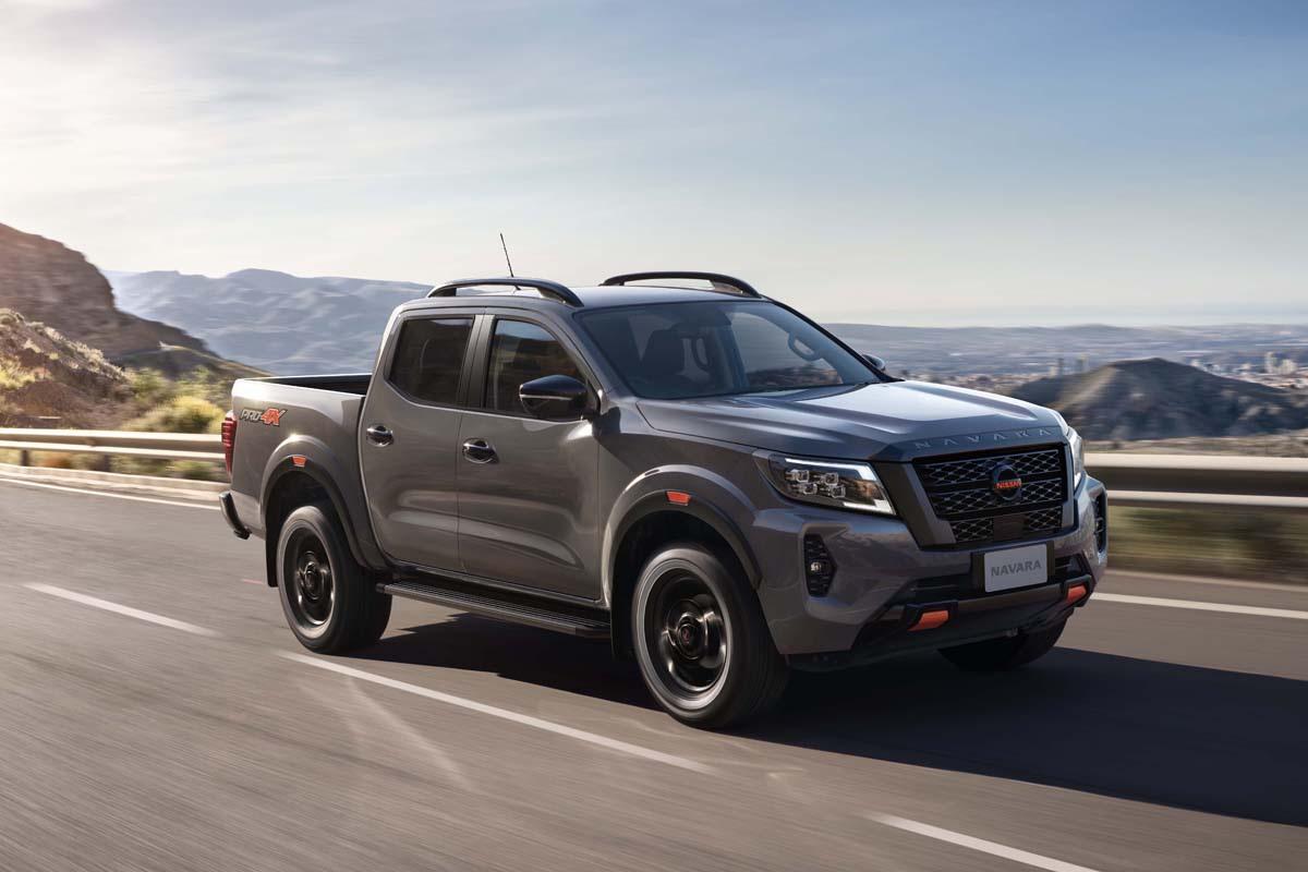 Nissan Navara 2021 về Việt Nam giá từ 748 triệu đồng, đấu Ford Ranger