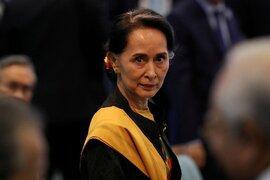 Bà Suu Kyi lên tiếng trong lần đầu trực tiếp hầu tòa