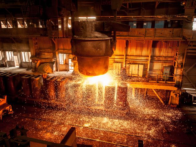 Giá quặng sắt tăng phi mã, tiền Trung Quốc ồ ạt chảy sang túi Australia - 1