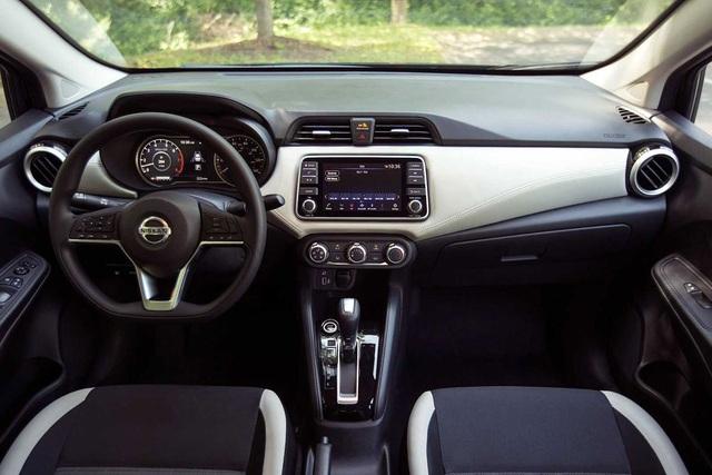 Nissan Sunny 2021 rục rịch về Việt Nam, cửa nào đấu Vios và Accent? - 2