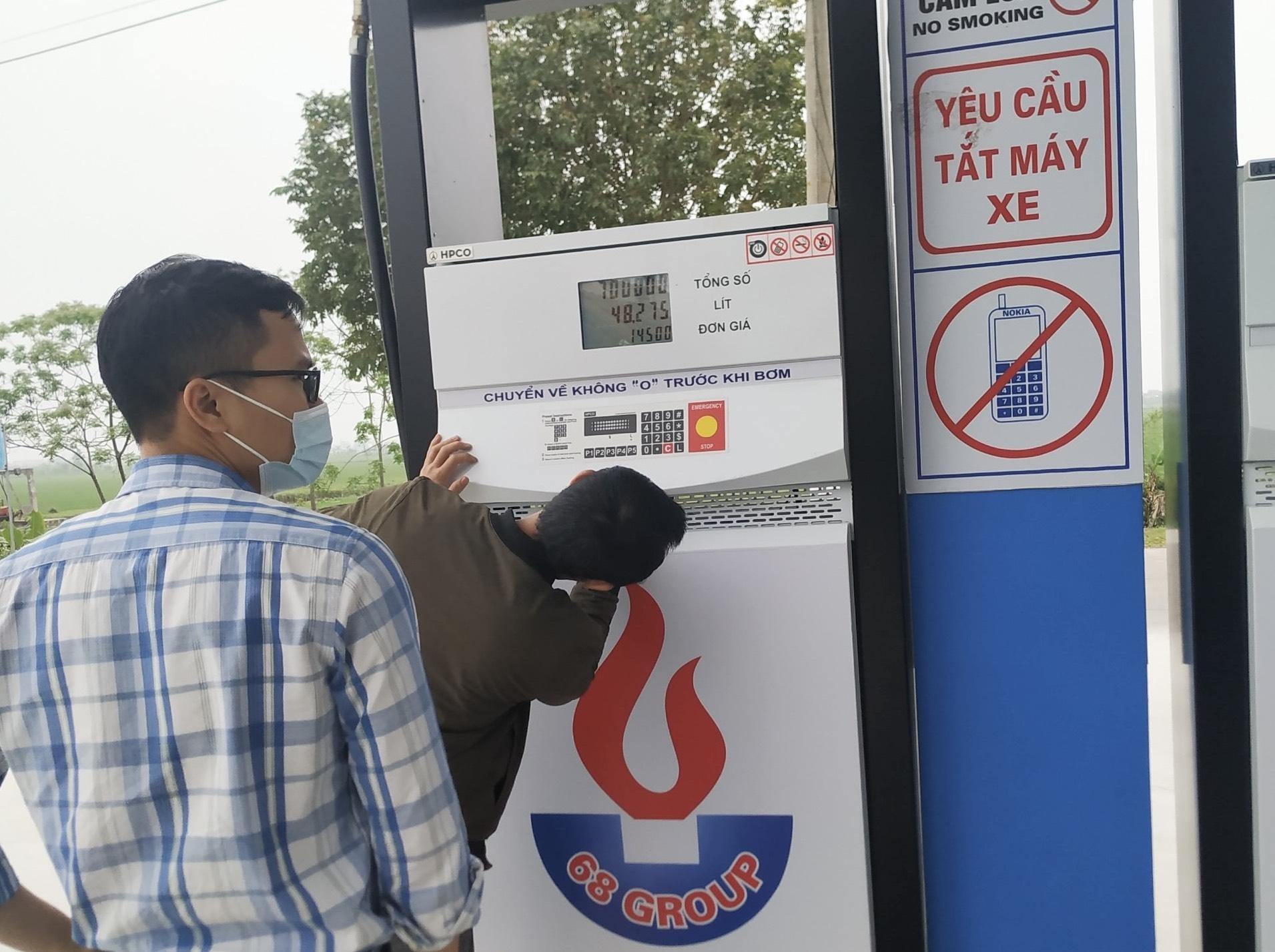 Xử phạt gần nửa tỷ đồng đối với cửa hàng xăng dầu có sai phạm
