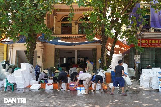 Bắc Giang: Nông dân kêu trời vì giá vải thiều lên xuống thất thường - 7