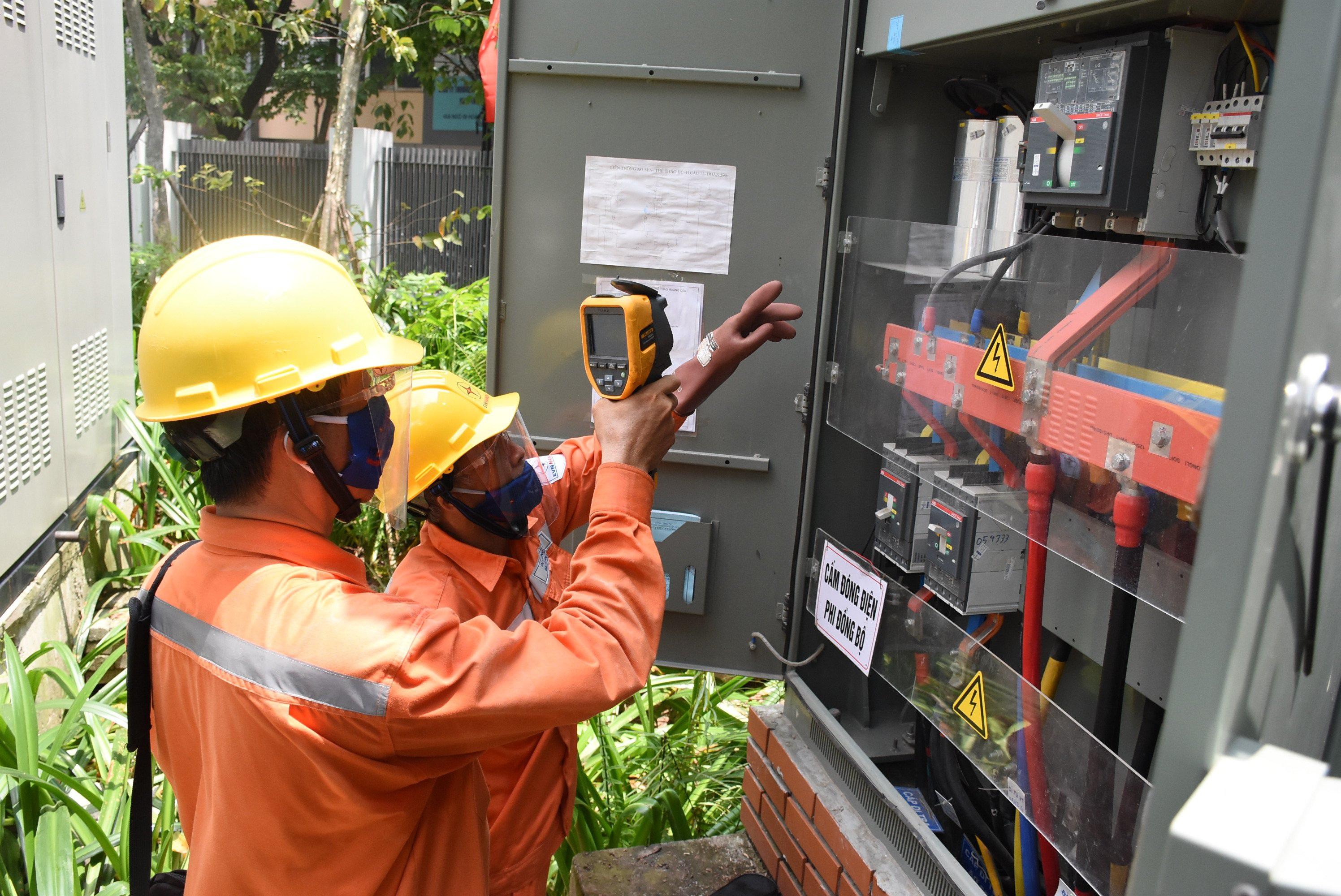Tiếp tục giảm giá điện, tiền điện: Đối tượng nào được miễn 100%?