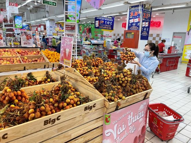 Nhiều doanh nghiệp thu mua nông sản cho dân giá gấp 5 lần thương lái - 1
