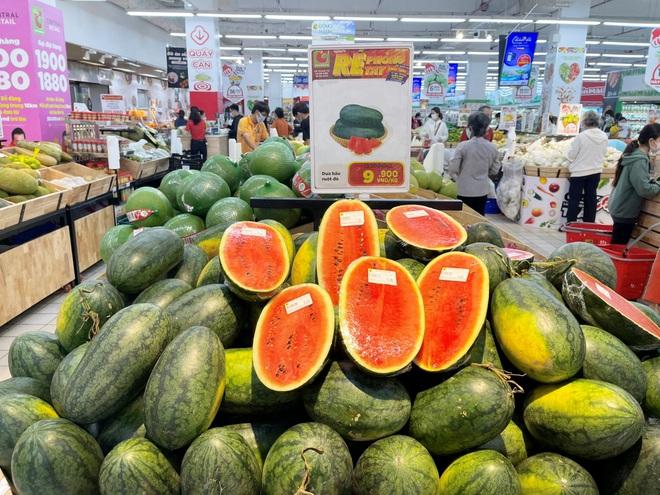 Nhiều doanh nghiệp thu mua nông sản cho dân giá gấp 5 lần thương lái - 3