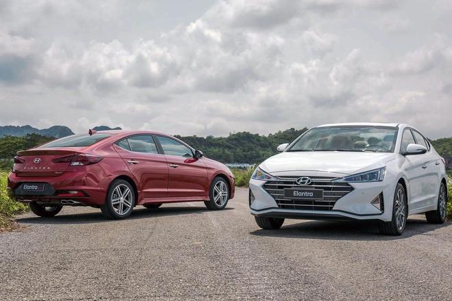 Elantra, Kia Cerato, Mazda3 chạy đua giảm giá giành khách mua sedan cỡ C - 2