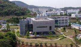 Trung Quốc tính xây thêm hàng chục phòng thí nghiệm giữa tranh cãi Covid-19