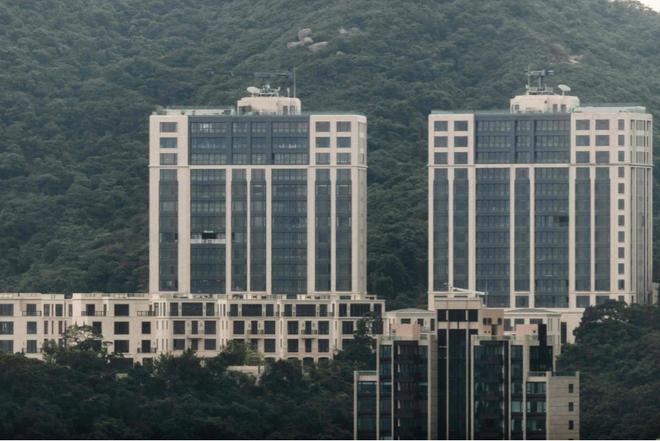Tại sao chỗ đậu ô tô ở Hồng Kông lại đắt nhất thế giới? - 1