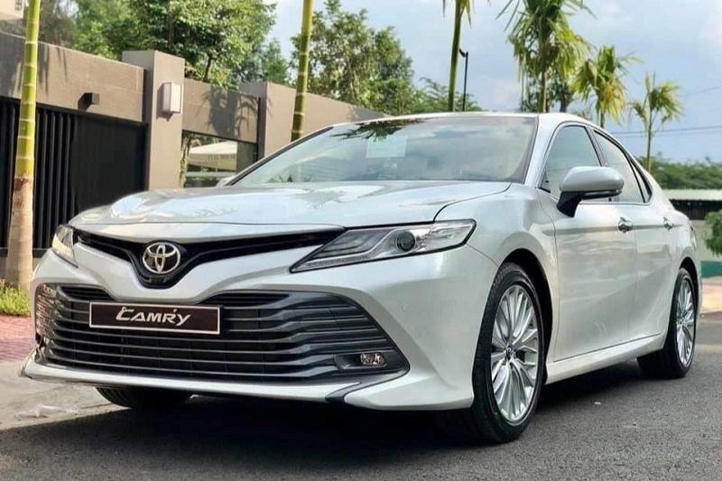 Toyota Camry áp đảo đối thủ trong phân khúc sedan hạng D tại Việt Nam