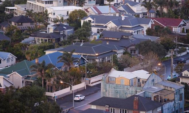 Vì sao giá bất động sản thế giới tăng chóng mặt? - 2