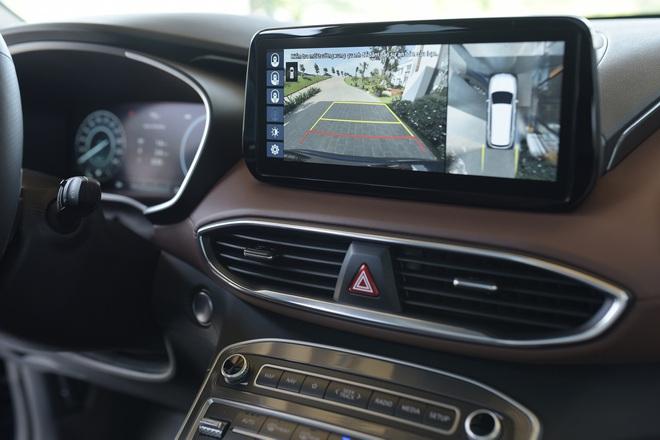 Xe gầm cao 7 chỗ, chọn Kia Sorento All New hay Hyundai SantaFe 2021? - 11