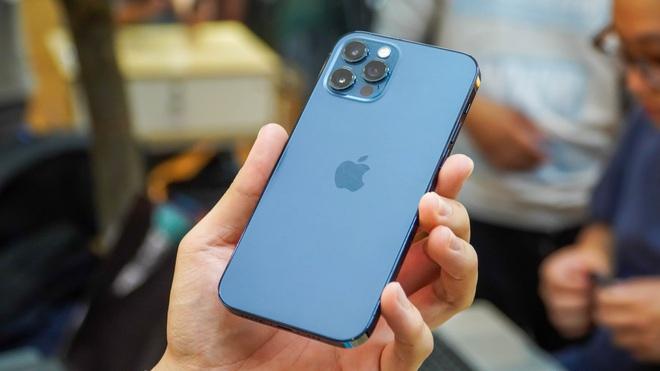 Loạt smartphone đang giảm giá mạnh tại Việt Nam - 2