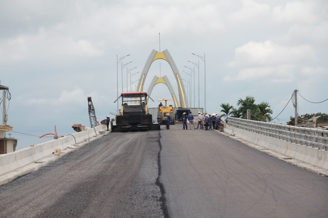 Ngắm cây cầu 400 tỷ đồng hình hạt gạo - 4