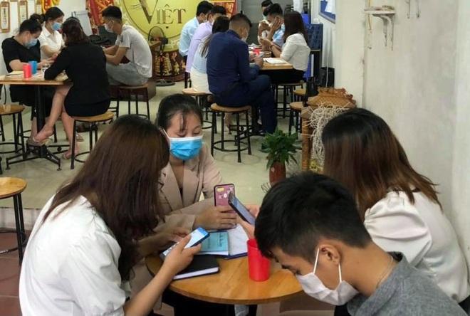 Hà Nội: Tụ tập ở công ty đa cấp, 21 người bị phạt gần 160 triệu đồng - 1