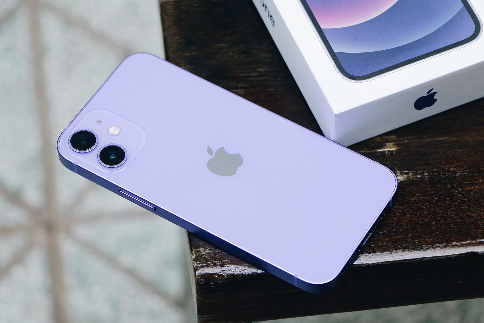 Nhiều mẫu iPhone đồng loạt giảm giá sâu tại Việt Nam