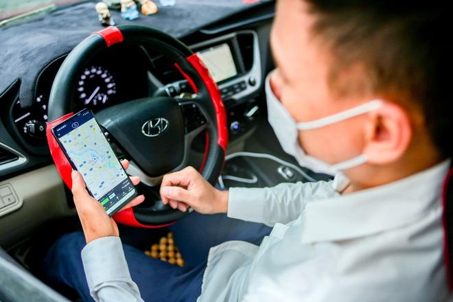 Những ông bố chạy xe công nghệ: Vì con, khó khăn mấy cũng cố gắng - 4