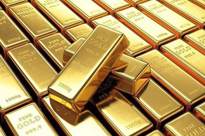 Giá vàng sụt giảm, lực bán ra mạnh - 1