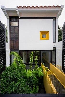 Ngôi nhà mái nhấp nhô gợi hoài niệm về phố cổ Hà Nội ở Cần Thơ
