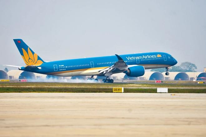 Báo cáo Thủ tướng dừng đường bay, bảo vệ Hà Nội khỏi diễn biến xấu Covid-19 - 1