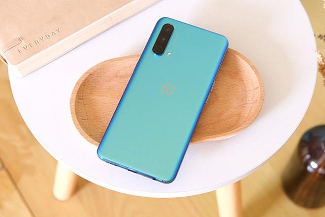 Loạt smartphone vừa ra mắt tại thị trường Việt Nam - 4