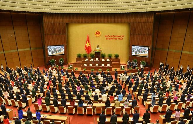 Chủ tịch Quốc hội ra những quyết định cấp bách mở đường cho Chính phủ - 2
