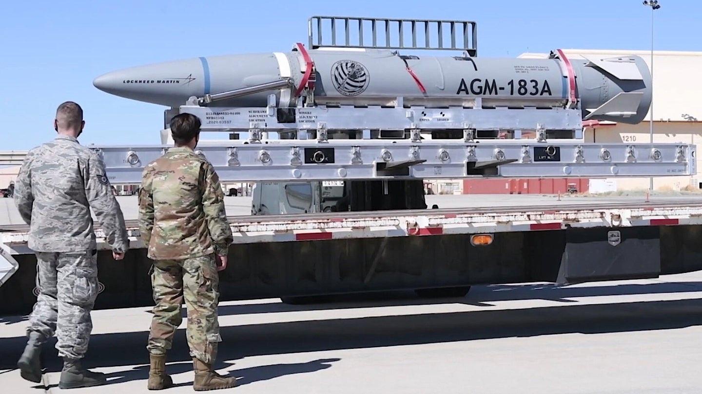 Mỹ lần thứ 2 phóng xịt tên lửa siêu vượt âm từ