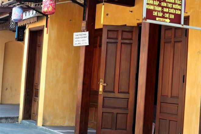 Hội An cửa đóng then cài, chủ nhà hàng, khách sạn lao đao vì Covid-19 - 1