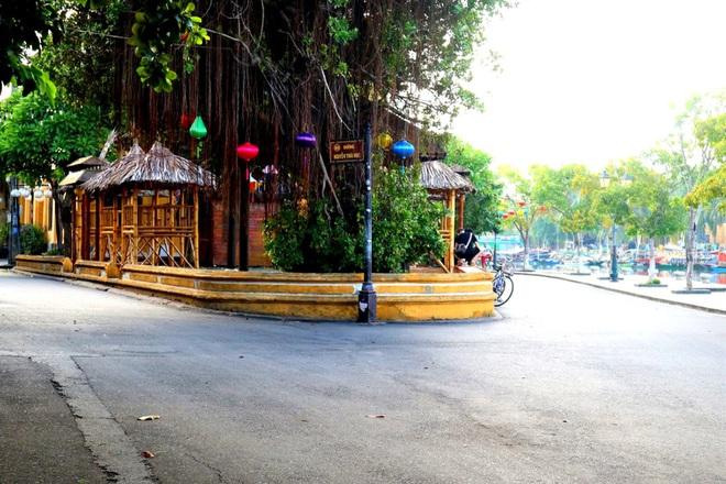 Hội An cửa đóng then cài, chủ nhà hàng, khách sạn lao đao vì Covid-19 - 3