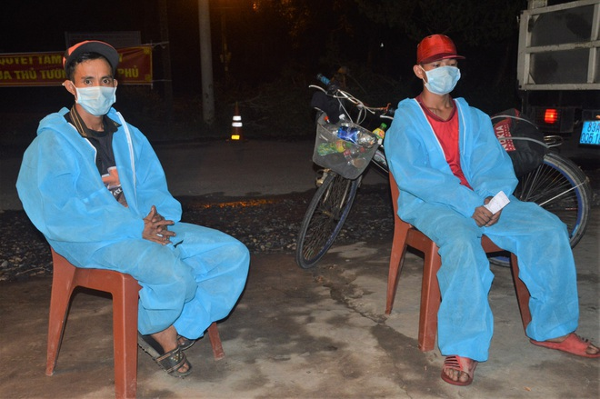 Bác bảo vệ thất nghiệp, đạp xe 3 ngày từ TPHCM về Sóc Trăng tránh dịch - 3