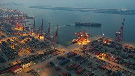 Hàng hoá Trung Quốc ra nước ngoài gặp khó vì vấn đề vận chuyển