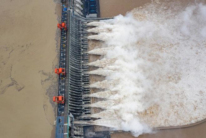 Trung Quốc đau đầu tìm phương án cho hàng nghìn đập thủy điện cũ kỹ - 1