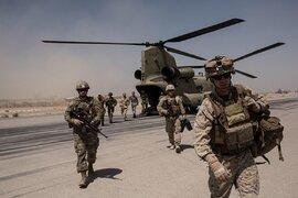Mỹ ồ ạt đưa thêm hàng nghìn quân tới Afghanistan