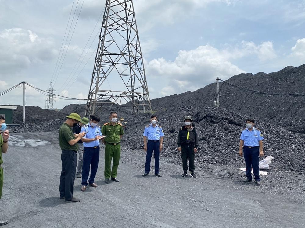 Hải Dương: Phát hiện hàng chục nghìn tấn than không giấy tờ