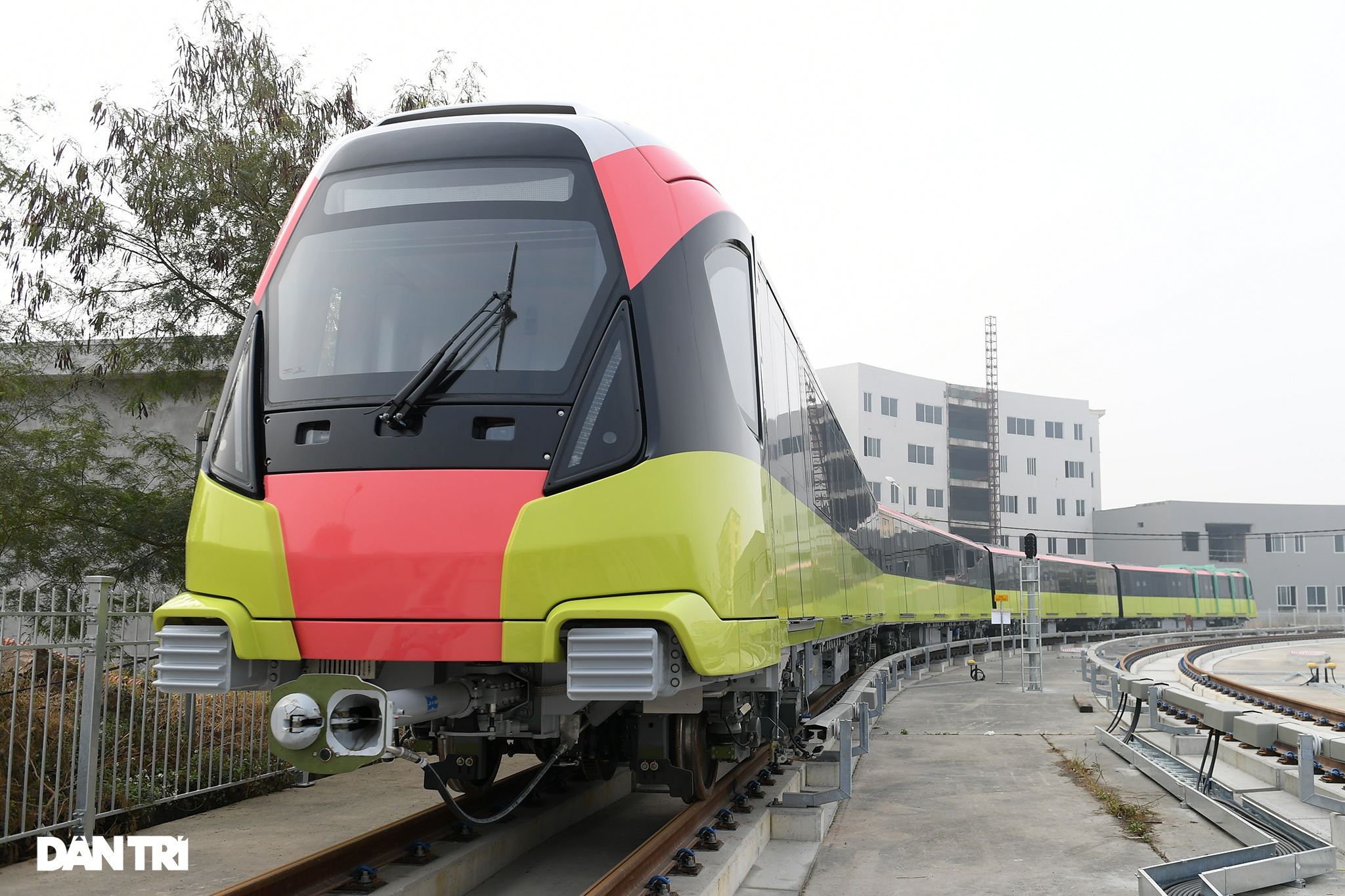 Dự án đường sắt đô thị Nhổn - ga Hà Nội sắp nhận đoàn tàu cuối cùng