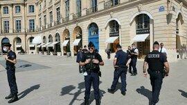 Số trang sức trị giá 10 triệu euro bị cướp giữa trung tâm Paris