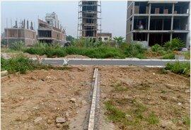 Săn đất cắt lỗ sau dịch bệnh, sẵn tiền dư âm thầm mua gom lô nhỏ