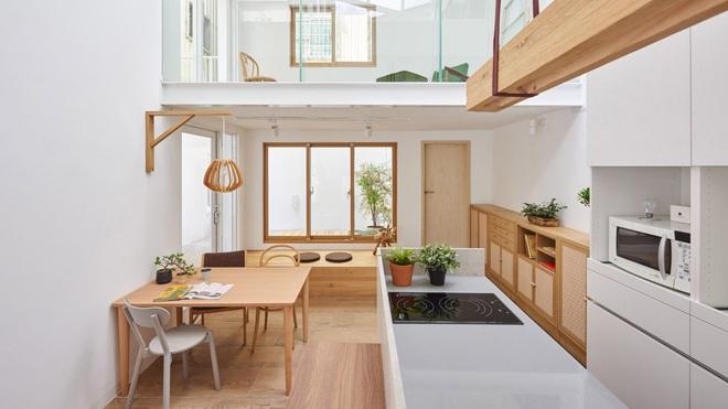 Nội thất đẹp của căn nhà 36 m2 bên ngoài hoài cổ, bên trong hiện đại - 2