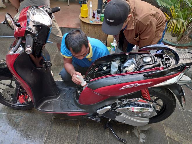 Mua xe máy cũ cần lưu ý gì để tránh tiền mất tật mang? - 3