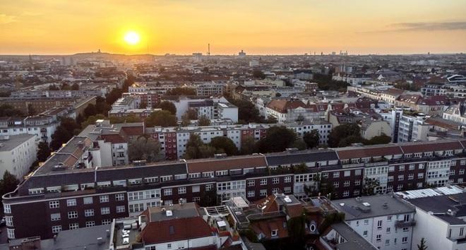 Đức chi 2,9 tỷ USD mua gần 15.000 căn hộ để hạ nhiệt giá thuê nhà - 1