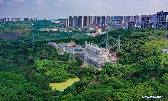 Cú sốc mới của Trung Quốc: Hàng loạt nhà máy phải đóng cửa vì thiếu điện - 1