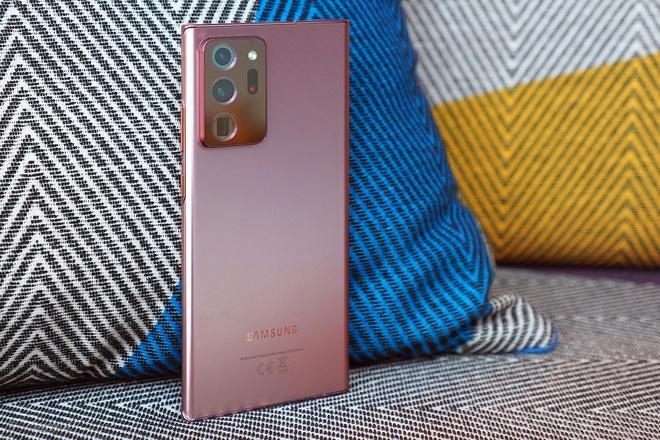 5 mẫu smartphone giảm giá mạnh đầu tháng 10 - 3