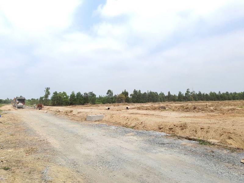 Giá đất nền trong quý III: Hà Nội bất ngờ vẫn tăng, khu phía Nam đi xuống