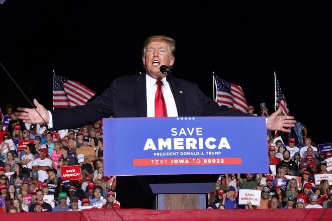 Ông Trump tuyên bố sẽ giành lại nước Mỹ - 1