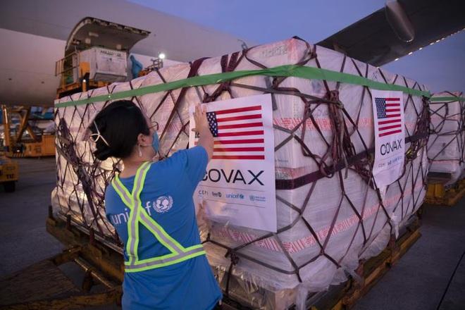 Mỹ đã trao tặng Việt Nam 9,5 triệu liều vaccine, cam kết sẽ hỗ trợ thêm