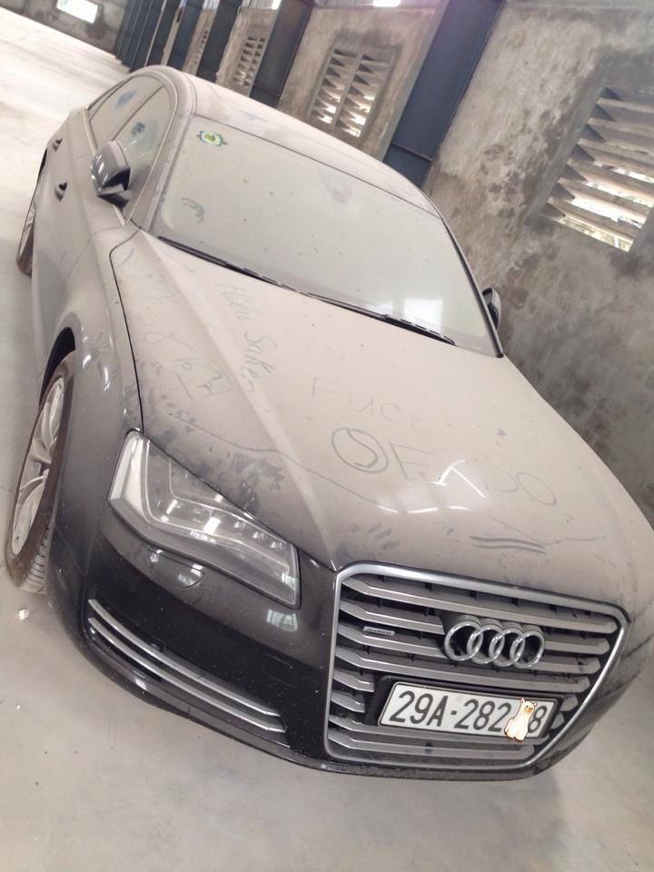 Thừa tiền, đại gia Hà Nội vứt bỏ siêu xe Audi A8L