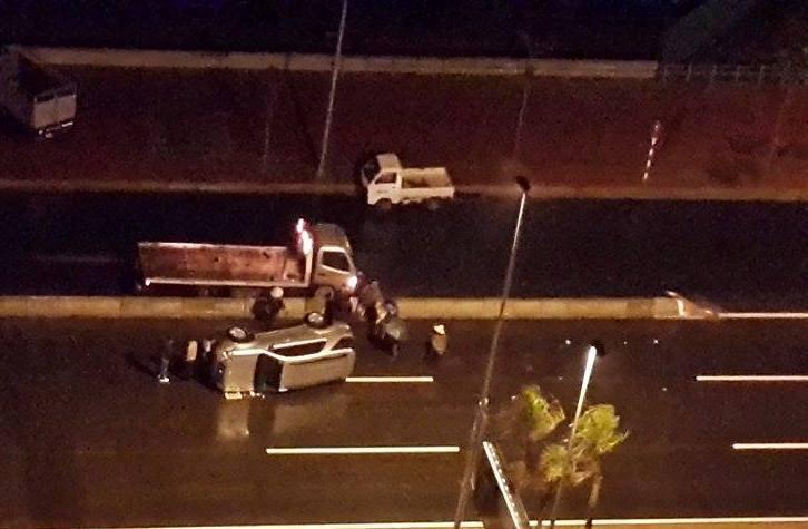 Vụ tai nạn đầu tiên tại cầu Nhật Tân