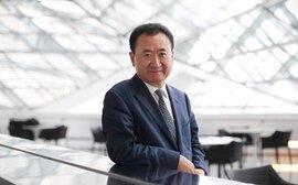 Người giàu nhất Trung Quốc bị chỉ trích tiêu hoang